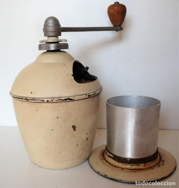 Antigüedades: MOLINILLO DE CAFÉ MARCA LURA. FRANCIA. CA. 1950 - Foto 9 - 218593485