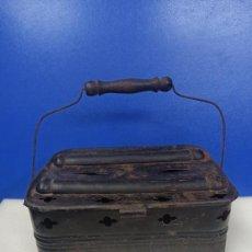 Antigüedades: ANTIGUO CALIENTAPIES CALENTADOR BRASAS PORTATIL. Lote 218613345