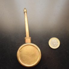 Antiquités: ANTIGUA ACEITERA DE LATÓN. Lote 218677713