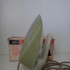 Antigüedades: PLANCHA AEG. Lote 218697378