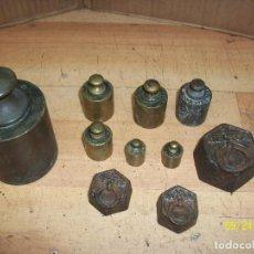 Antigüedades: LOTE DE 10 PESAS DE HIERRO Y DE BRONCE. Lote 218707223