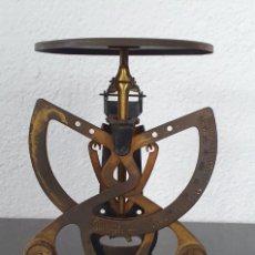 Antigüedades: PESA CARTAS COLUMBUS BILATERAL - PP SIGLO XX -. Lote 218709123