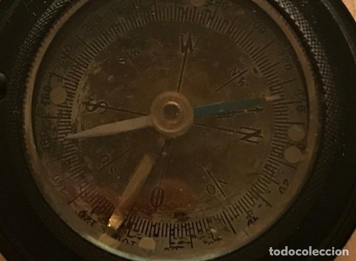 Antigüedades: Antigua brújula de bakelita alemana de mediados del siglo XX. ZEISS IKON - Foto 2 - 218722141