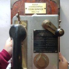Antigüedades: TELÉFONO ANTIGUO CUBIERTA DE BARCO T.M.C.LONDON CON CHAPA DE BUQUE DIFICILISIMO. Lote 218729191