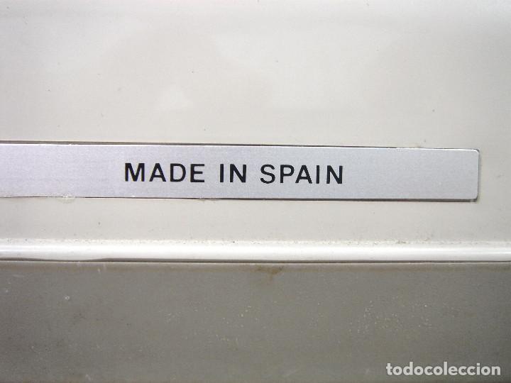 Antigüedades: MAQUINA ESCRIBIR - KONIER 9802 MADE IN SPAIN AÑOS 80/90 ¡¡MUY BUEN ESTADO + MALETA -ANTIGUA DE Ñ - Foto 11 - 218878907