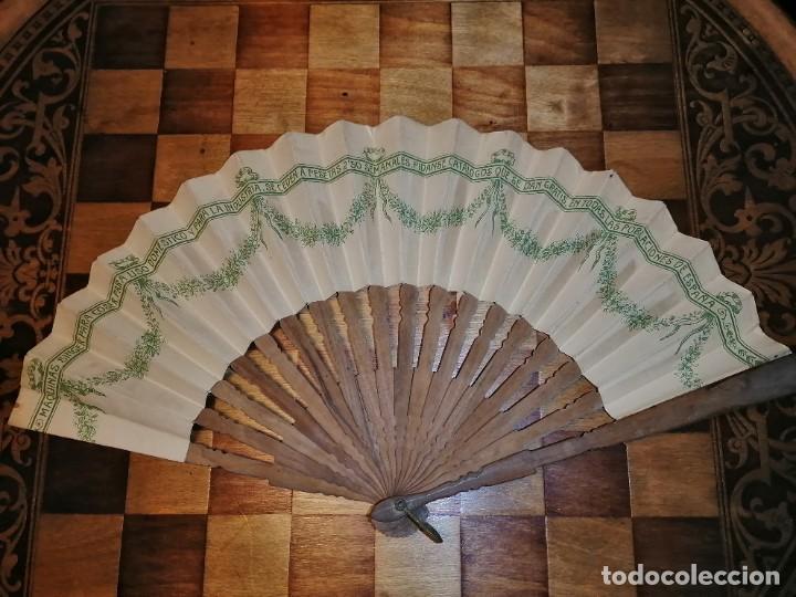 Antigüedades: ABANICO DE PUBLICIDAD MÁQUINAS DE COSER SINGER- FIRMADO ORTELLS GIMENO VALENCIA - AÑOS 20 - Foto 10 - 218926712