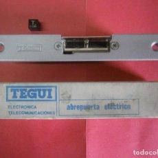Antigüedades: ABREPUERTAS-PORTERO ELECTRICO TEGUI NUEVO. Lote 218971333