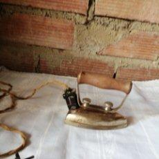 Antigüedades: ANTIGUA PLANCHA ROCA. Lote 218986307