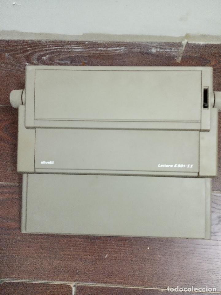 Antigüedades: Máquina de escribir Olivetti Lettera E501-II - Foto 2 - 219001892
