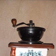 Antigüedades: MOLINILLO DE CAFÉ ANTIGUO. Lote 219072991