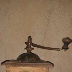 Antigüedades: MOLINILLO DE CAFÉ ANTIGUO. Lote 219073155