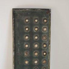 Antigüedades: ANTIGUA BOTONERA DE TIMBRES DE PORTAL. Lote 219254277