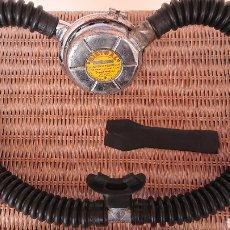 Antigüedades: REGULADOR DE BUCEO MISTRAL, LA SPIROTECNIQUE, ESCAFANDRA AUTÓNOMA.. Lote 219289087