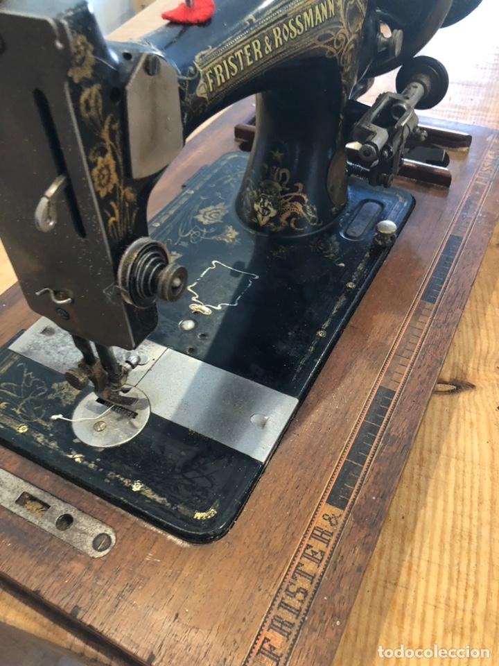 Antigüedades: Antigua maquina de coser alemana Frister&Rosman Núm. Serie 1084208 - Foto 3 - 219334317