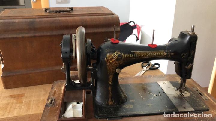 Antigüedades: Antigua maquina de coser alemana Frister&Rosman Núm. Serie 1084208 - Foto 5 - 219334317