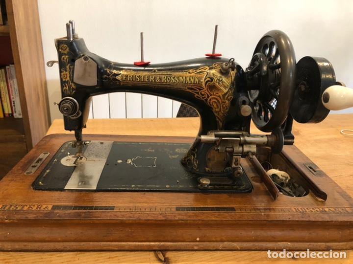 Antigüedades: Antigua maquina de coser alemana Frister&Rosman Núm. Serie 1084208 - Foto 6 - 219334317