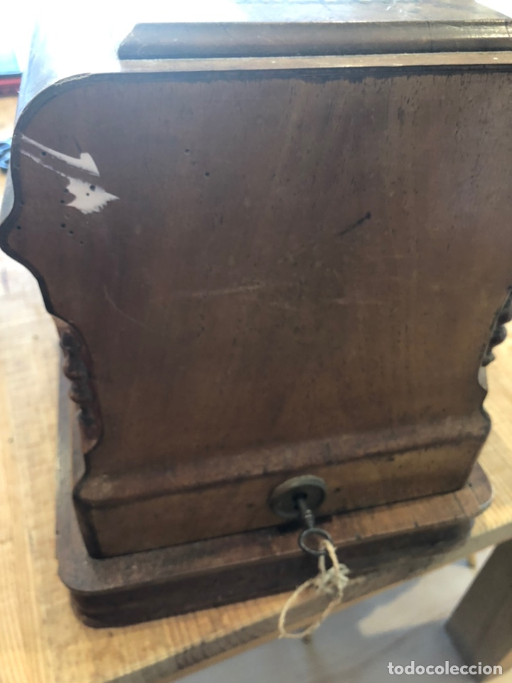 Antigüedades: Antigua maquina de coser alemana Frister&Rosman Núm. Serie 1084208 - Foto 8 - 219334317