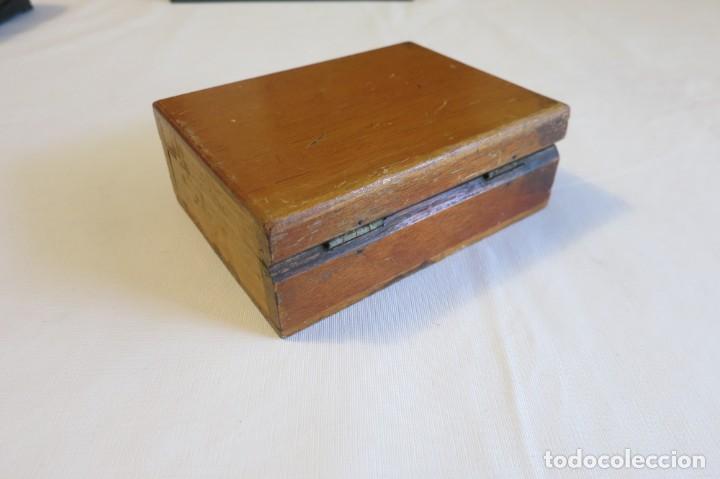 Antigüedades: caja de pesas de precision para balanza de laboratorio - Foto 4 - 219367493