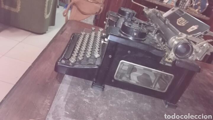 Antigüedades: Maquina de escribir ROYAL - Foto 3 - 219398433