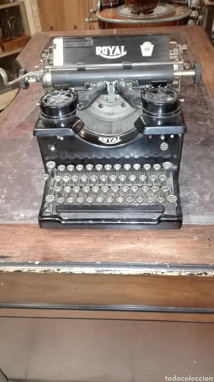 MAQUINA DE ESCRIBIR ROYAL (Antigüedades - Técnicas - Máquinas de Escribir Antiguas - Royal)