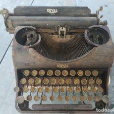 Antigüedades: MAQUINA DE ESCRIBIR ROYAL TYPEWRITER. Lote 219430406