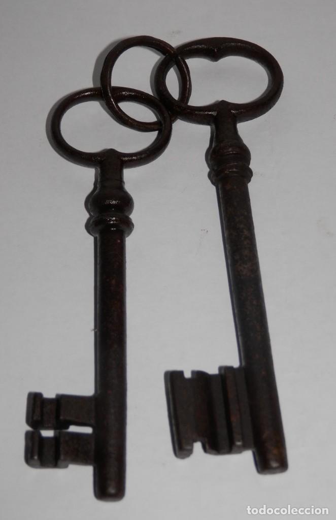 LLAVES ANTIGUAS EN HIERRO (Antigüedades - Técnicas - Cerrajería y Forja - Llaves Antiguas)