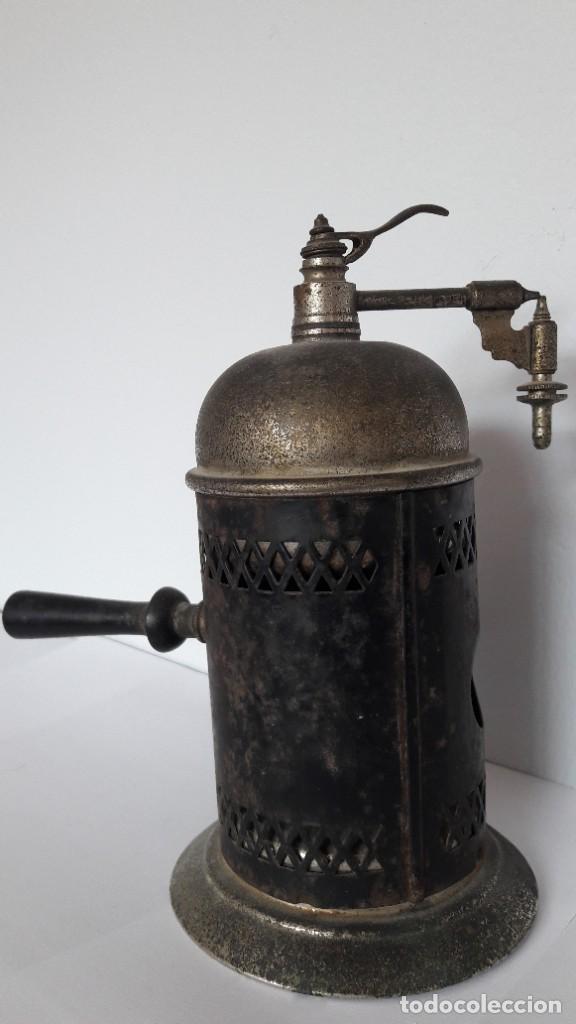 Antigüedades: Antiguo pulverizador o atomizador de barbero o médico de origen parisino. Finales XIX. - Foto 3 - 219498620