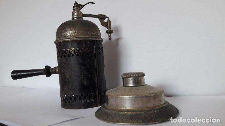 Antigüedades: Antiguo pulverizador o atomizador de barbero o médico de origen parisino. Finales XIX. - Foto 4 - 219498620