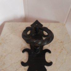 Antigüedades: LLAMADOR DE PUERTA REALIZADO EN HIERRO. Lote 219529892