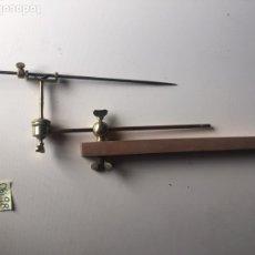 Antigüedades: ANTIGUO PANTÓGRAFO PARA ESCULTURA - MÁQUINA DE PUNTOS. Lote 219553180