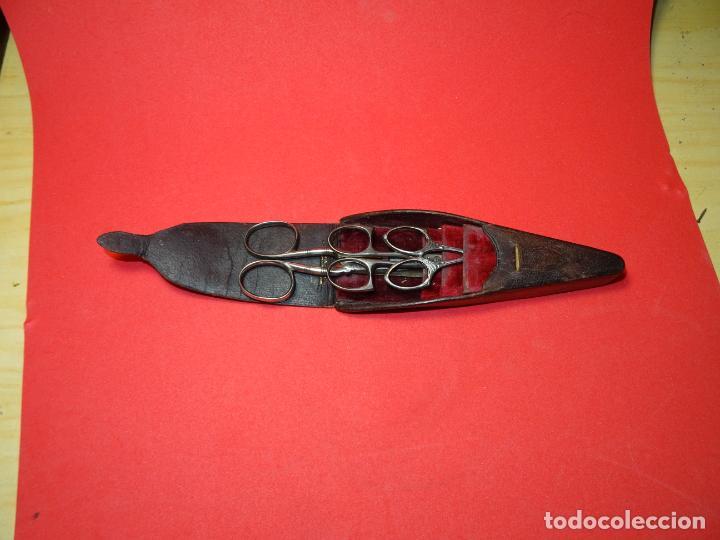 Antigüedades: Estuche y 3 tijeras modernistas.Vich.Amelie Rego - Foto 2 - 219568602