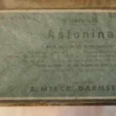 Antigüedades: CAJA PRECINTADA DE 10 AMPOLLAS DE ASTONINA MERCK, MUY ANTIGUA, IMPECABLE, MEDICINA. Lote 219825593