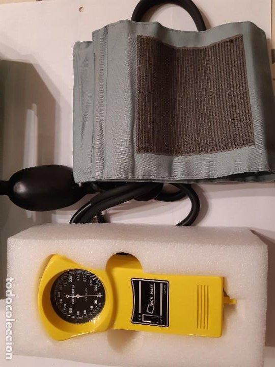 Antigüedades: Tensiómetro manual en perfecto funcionamiento. Fabricado en Japón. Logos Medical. Anterior a 1980. - Foto 5 - 220068746