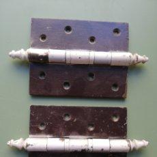 Antigüedades: DOS GRANDES BISAGRAS - 16, 3 X 9,2 CM.. Lote 220168160