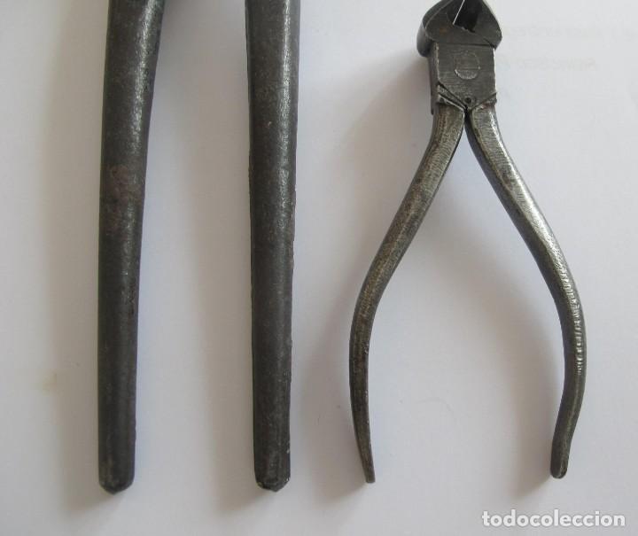 Antigüedades: 2 Alicates antiguos de hierro. - Foto 4 - 220187115