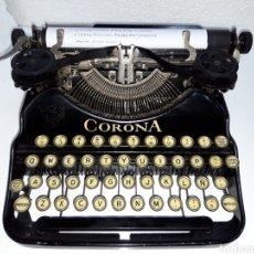Antiquités: MAQUINA DE ESCRIBIR, TYPEWRITER, SCHREIBMASCHINEN, MACHINE Á ÉCRIRE CORONA. Lote 220270678
