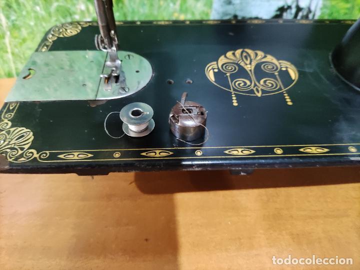 Antigüedades: Antigua maquina de coser marca Köhler - Foto 3 - 220285587