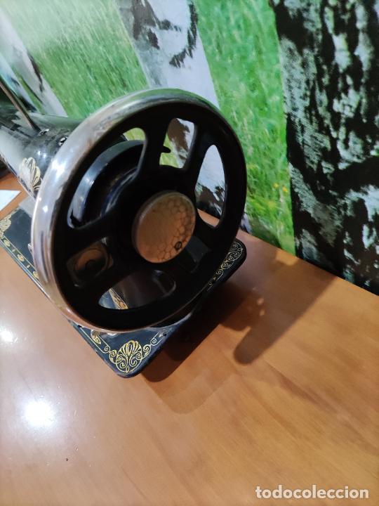 Antigüedades: Antigua maquina de coser marca Köhler - Foto 5 - 220285587