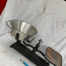 Antiquités: ANTIGUA BASCULA DE HIERRO!. Lote 220301950