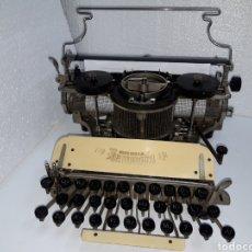 Antigüedades: MAQUINA DE ESCRIBIR, TYPEWRITER, SCHREIBMASCHINEN, MACHINE Á ÉCRIRE HAMMOND 12. Lote 220501417