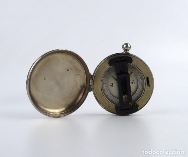 Antigüedades: Brújula compás con nivel - metal cromado -de bolsillo - Mediados S.XX - Foto 6 - 220502128