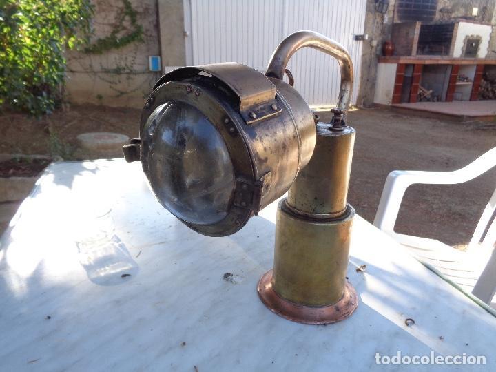 FAROL DE MANO DE JEFE ESTACIÓN DE RENFE SIGLO XIX BRONCE ÚNICO TC (Antigüedades - Técnicas - Otros Instrumentos Ópticos Antiguos)