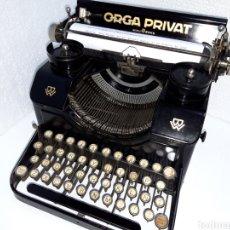 Antigüedades: ANTIGUA MAQUINA DE ESCRIBIR TYPEWRITER ORGÁ PRIVAT. Lote 220881898