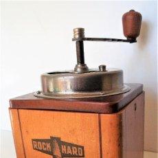 Antigüedades: MOLINILLO DE CAFÉ MARCA ROCK HARD. BELGICA. CA. 1950. Lote 220949096