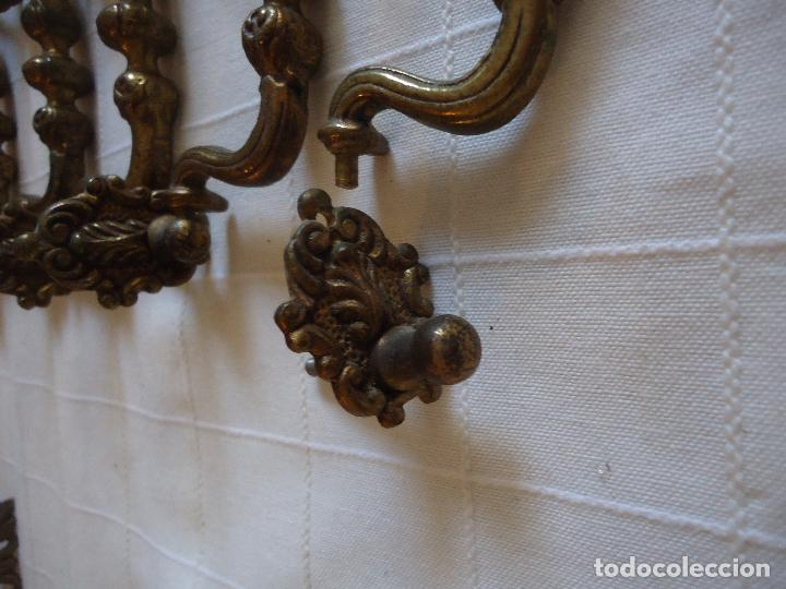 Antigüedades: Cinco tiradores antiguos en bronce. longitud total 12 cms. - Foto 3 - 220978431