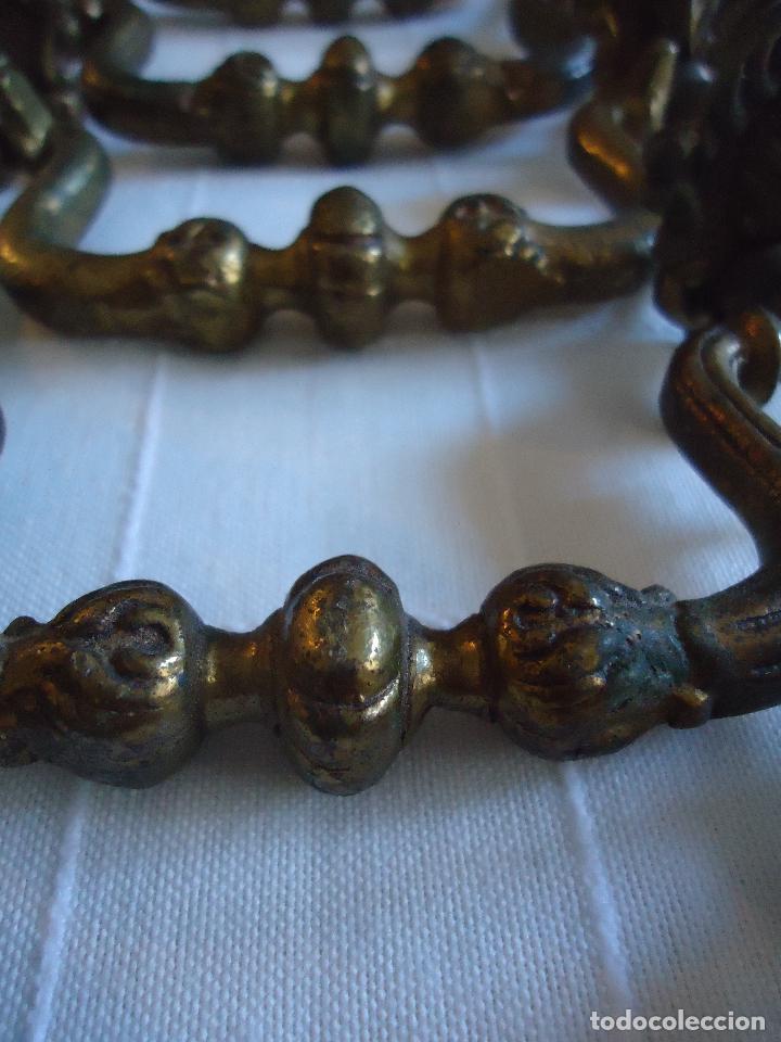 Antigüedades: Cinco tiradores antiguos en bronce. longitud total 12 cms. - Foto 4 - 220978431