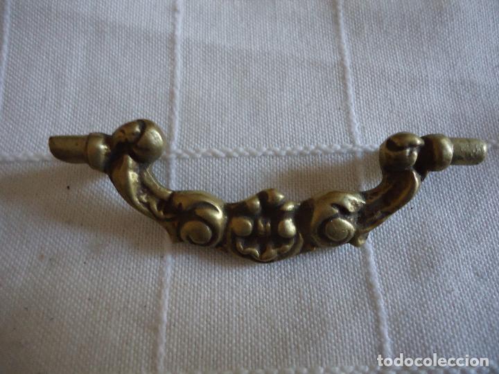 Antigüedades: 6 tiradores de bronce principios siglo XX - Foto 2 - 220984255