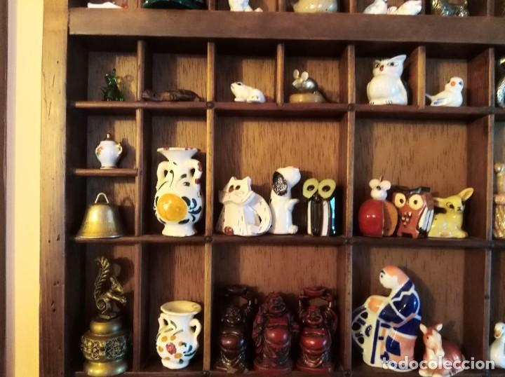 Antigüedades: SMS- Cajon IMPRENTA con unas 150 figuritas - Foto 6 - 221000921