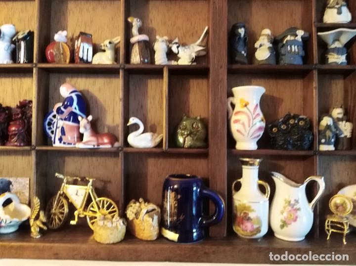 Antigüedades: SMS- Cajon IMPRENTA con unas 150 figuritas - Foto 7 - 221000921