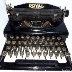 Antigüedades: ANTIGUA MAQUINA DE ESCRIBIR TYPEWRITER ROYAL. Lote 221128091